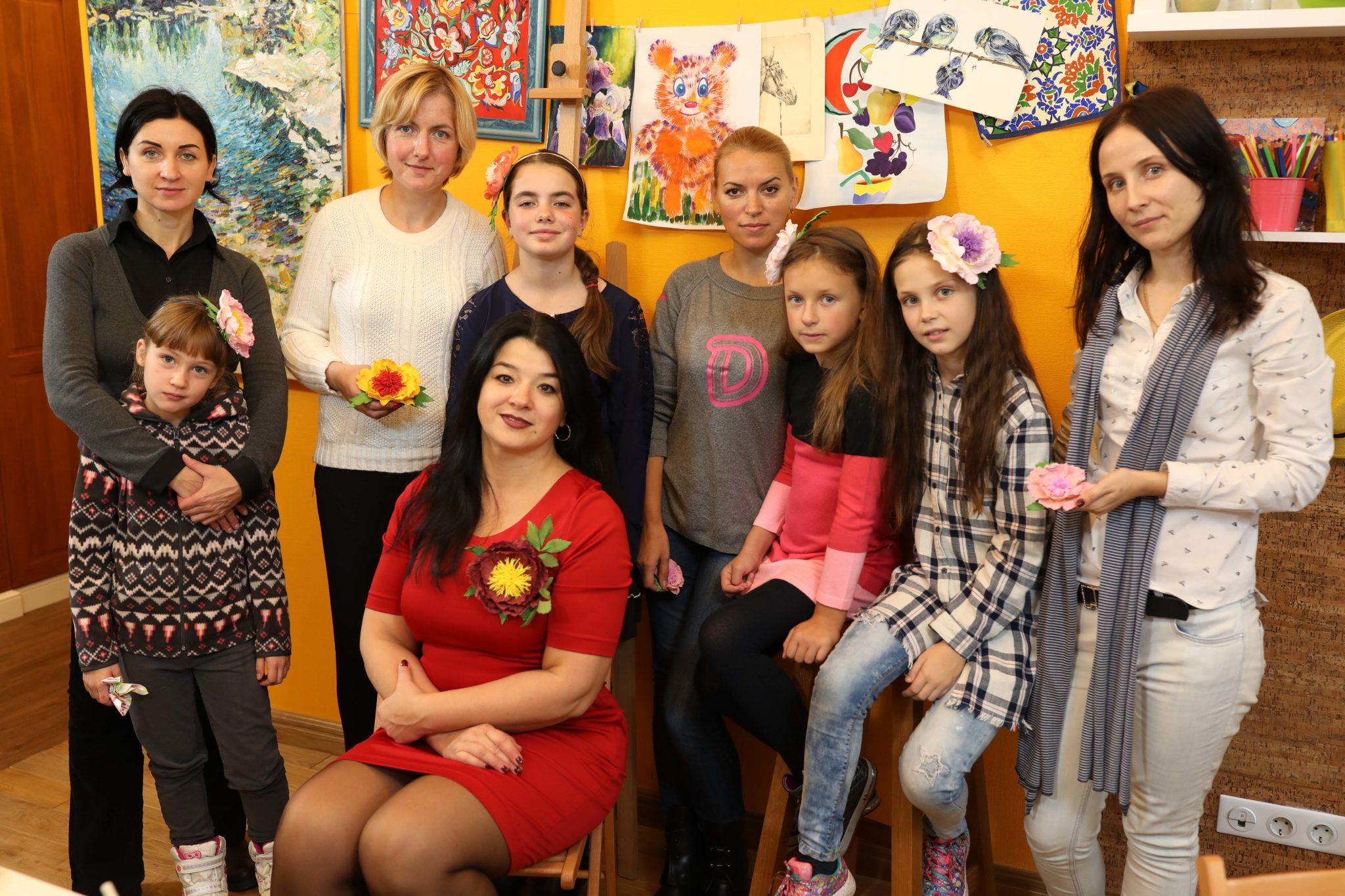 Прикраси з квітів з Ларисою Гурженко - фото