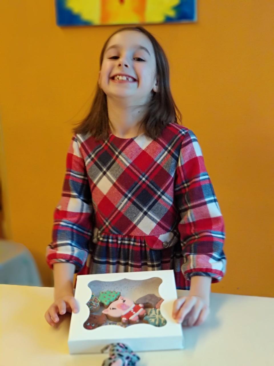 Майстер-клас з розпису новорічних пряників 8 грудня - фото
