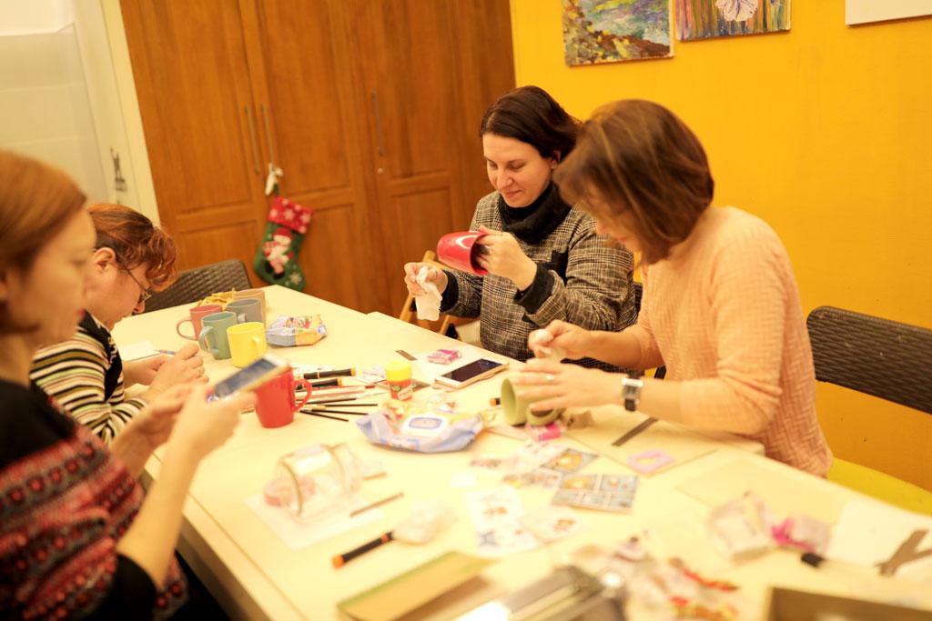 """Майстер-клас """"Подарунки з полімерної глини"""" 23 грудня - фото"""
