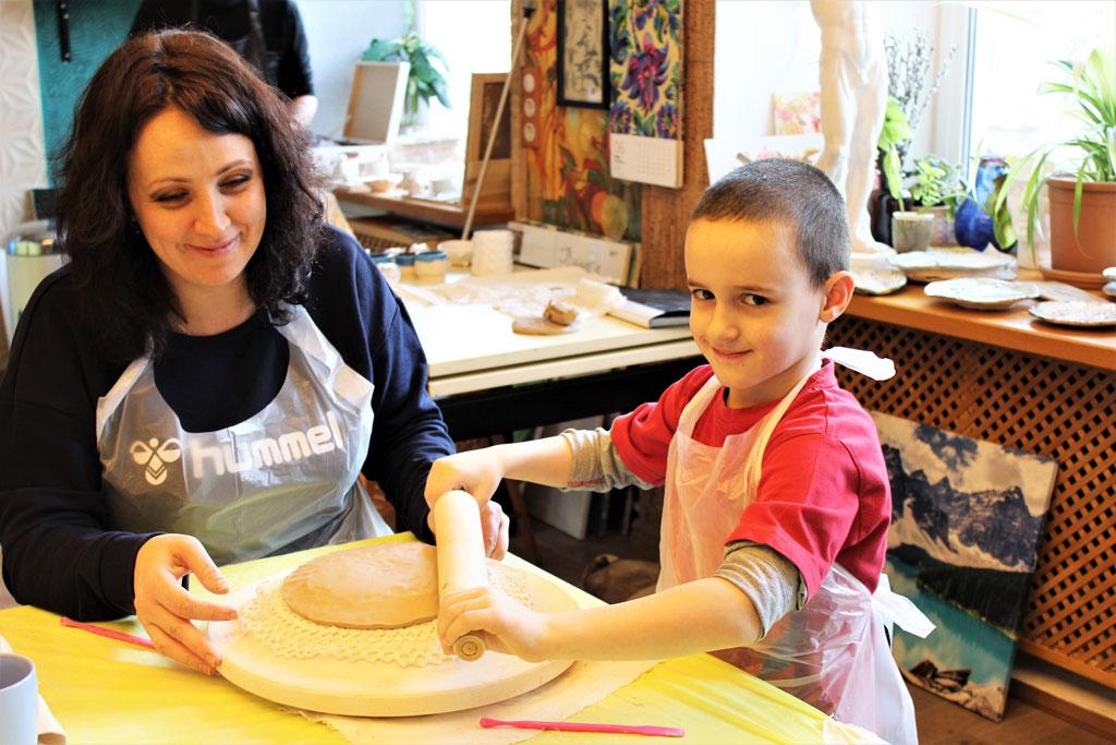 Мастер-класс по керамике «Праздничная посуда» 24 марта - фото