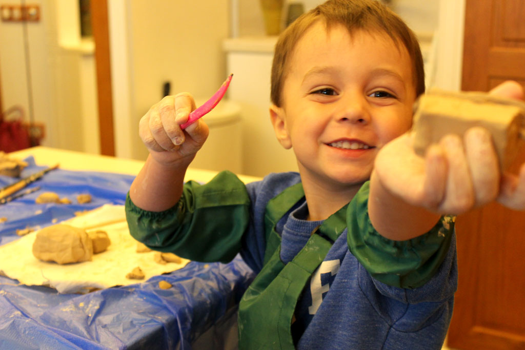 Курс ліплення з глини для дітей щоп'ятниці о 18:00 - фото